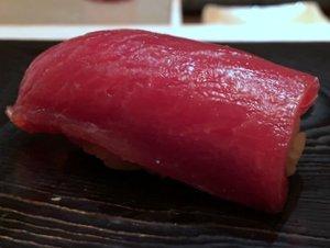 tokami tuna akami sushi