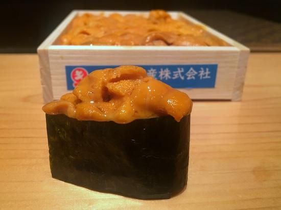 takamitsu sea urchin sushi